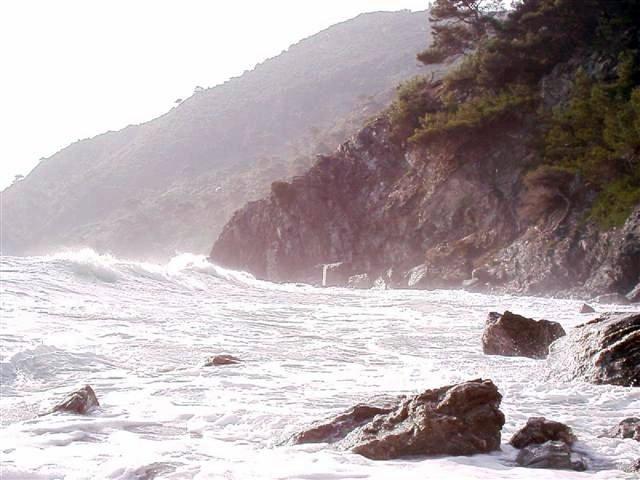 plage du jonquet par  vent d'est